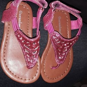 Pink toddler sandals.  NWOB size 4